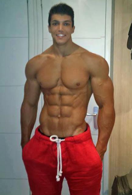 Nackte muskulöse männer