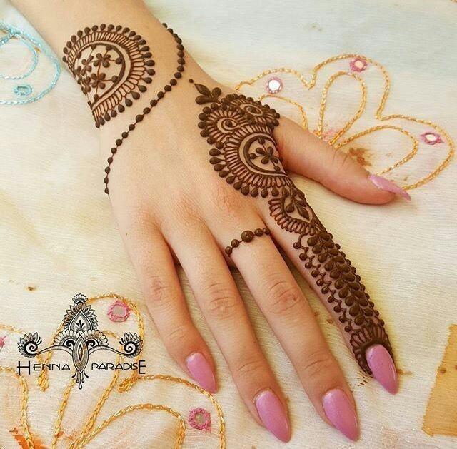 Mehandi Design Simple In Back:  Bling Sparklerh:blingsparkle.com,Design