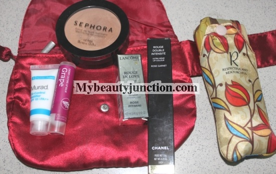 Inside my travel makeup bag: How to pack cosmetics for vacations