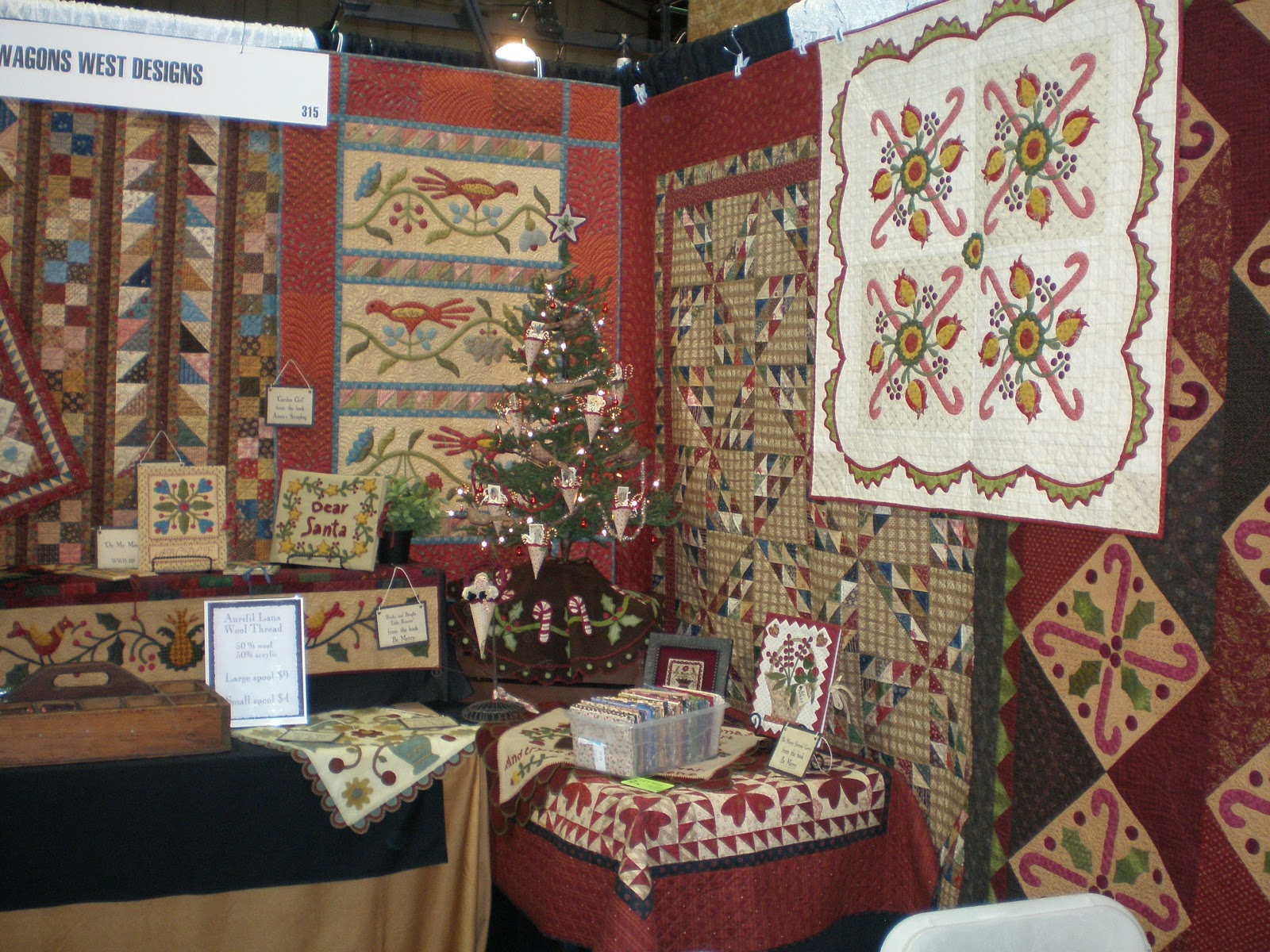 Wagons West Designs Phoenix Holiday Quilts Craft And Sewing
