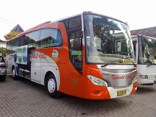 Bus pariwisata Bandung Pangandaran