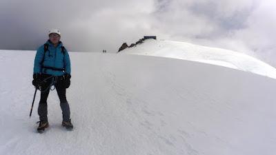 Cabaña-Margarita-Signalkuppe-Alpes-Enlacima-Monte-Rosa