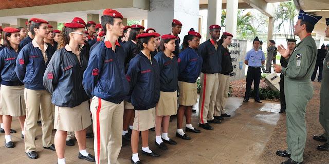 SOS Segurança: Ibaneis anuncia implementação de escola militar em Ceilândia