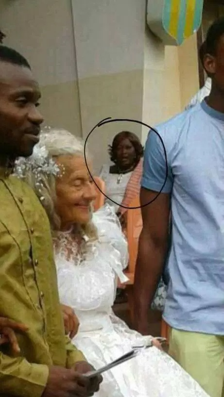 Photos: Young Nigerian Who Wedded White Female Lovers Old To be His Great-grandmother ...What A Love!!!