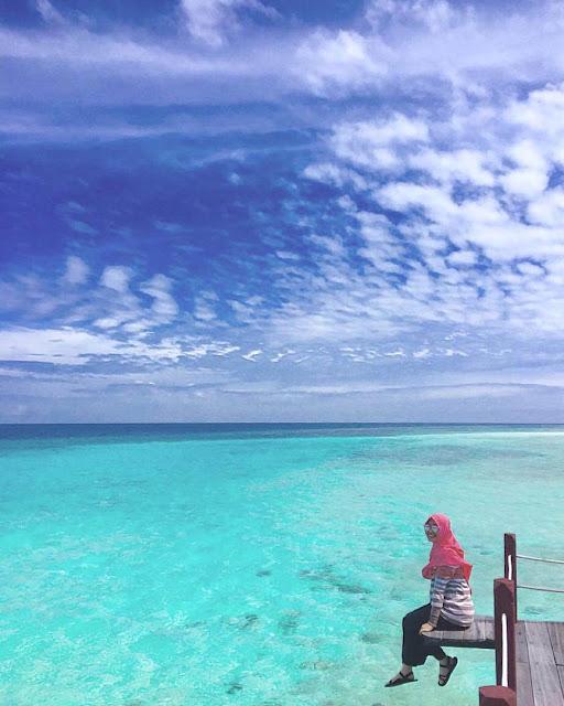 foto pantai indah indonesia kepulauan derawan