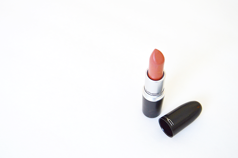 MAC lipsticks Velvet Teddy