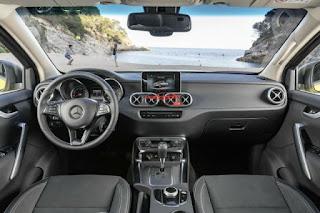 Nội thất Mercedes bán tải