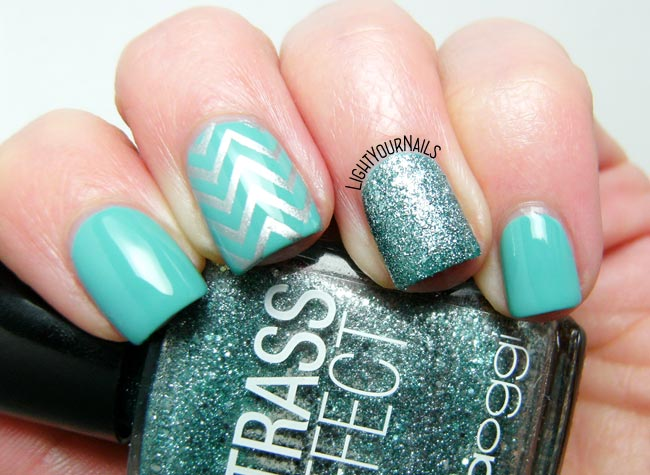Tiffany blue and silver skittlette nail art
