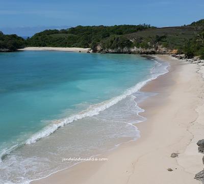 Pantai Kerewei, Pesona Wisata Bahari Dari Sumba Barat