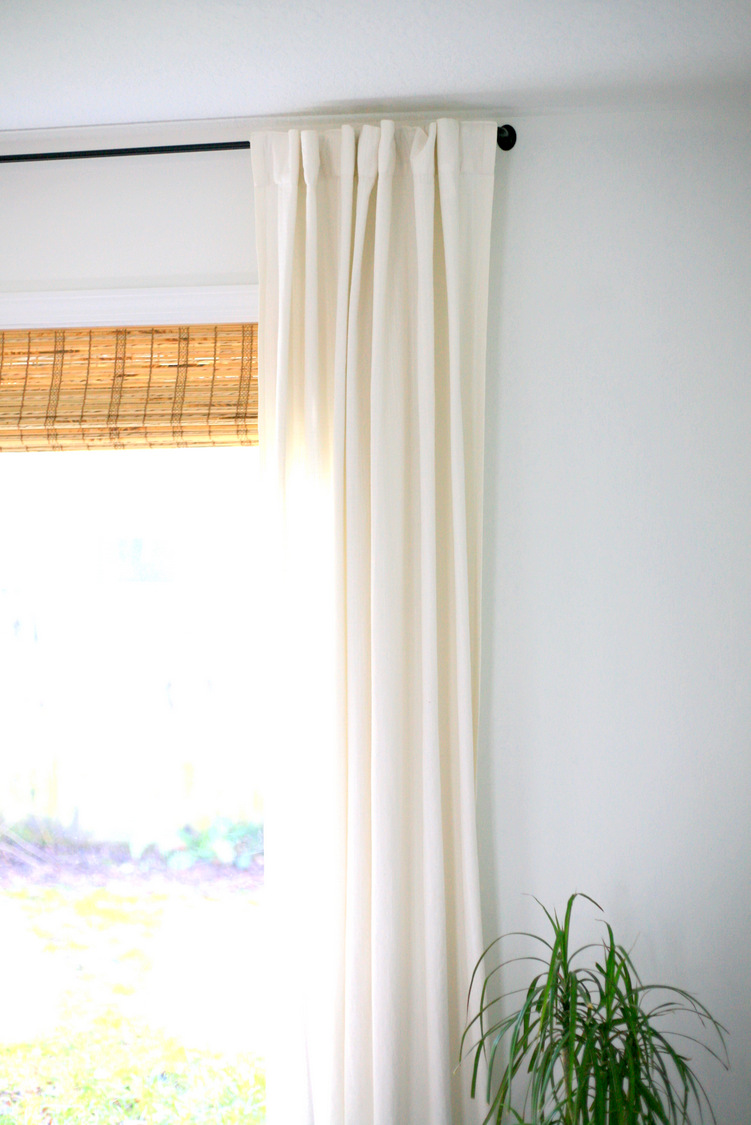 the eeeeeasiest curtain rods that are