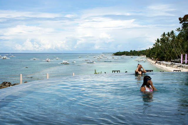 Amorita Resort Bohol Swimming Pool Alona Beach