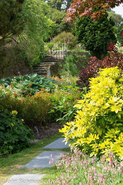 John maria 39 s garden pages for 100 richmond terrace