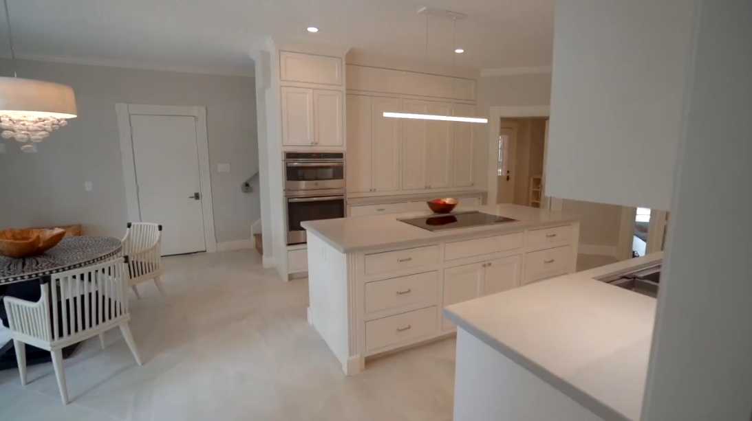 22 Photos vs. 15406 Old Stone Trail, Houston, TX Interior Design Luxury Home Tour
