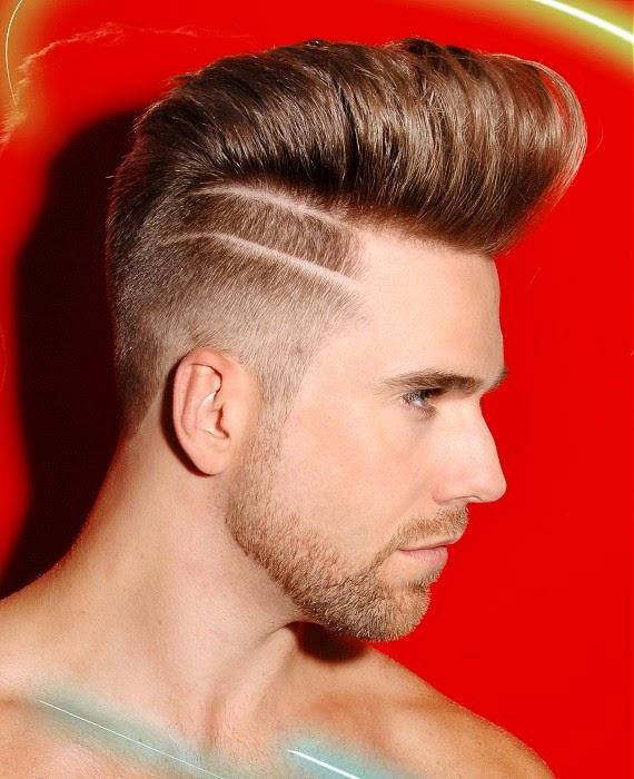 pelo con cresta y diseo a los lados