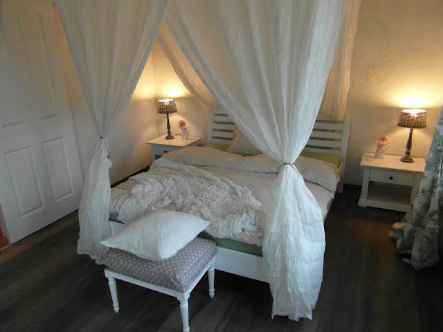 valn t hus einweihungsfest. Black Bedroom Furniture Sets. Home Design Ideas