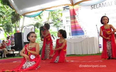 lomba tari tradisional jawa the dona doni resto pool and spa