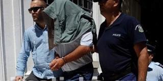 Λέρος: Κτυπούσαν τα παιδιά τους με... καρεκλιές - Ο πατέρας απειλούσε όποιον «τολμούσε» να ανακατευθεί