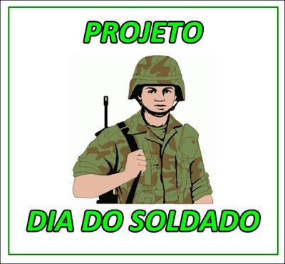 imagem de um soldado do exército com roupa camuflada e arma nas costa