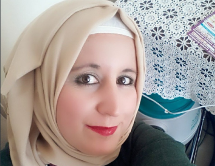 This Muslim Sugar Mummy Needs A Younger Man To Date - Contact Her Now