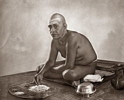 Ramana Maharshi in Ashram, Ramana maharshi Philosophy Photos.