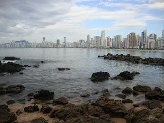 Balneário Camboriú vista da Praia do Canto