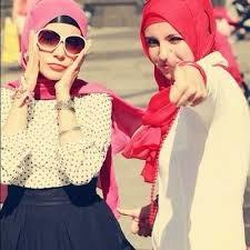 Tips Model Jilbab Untuk Muka Bulat