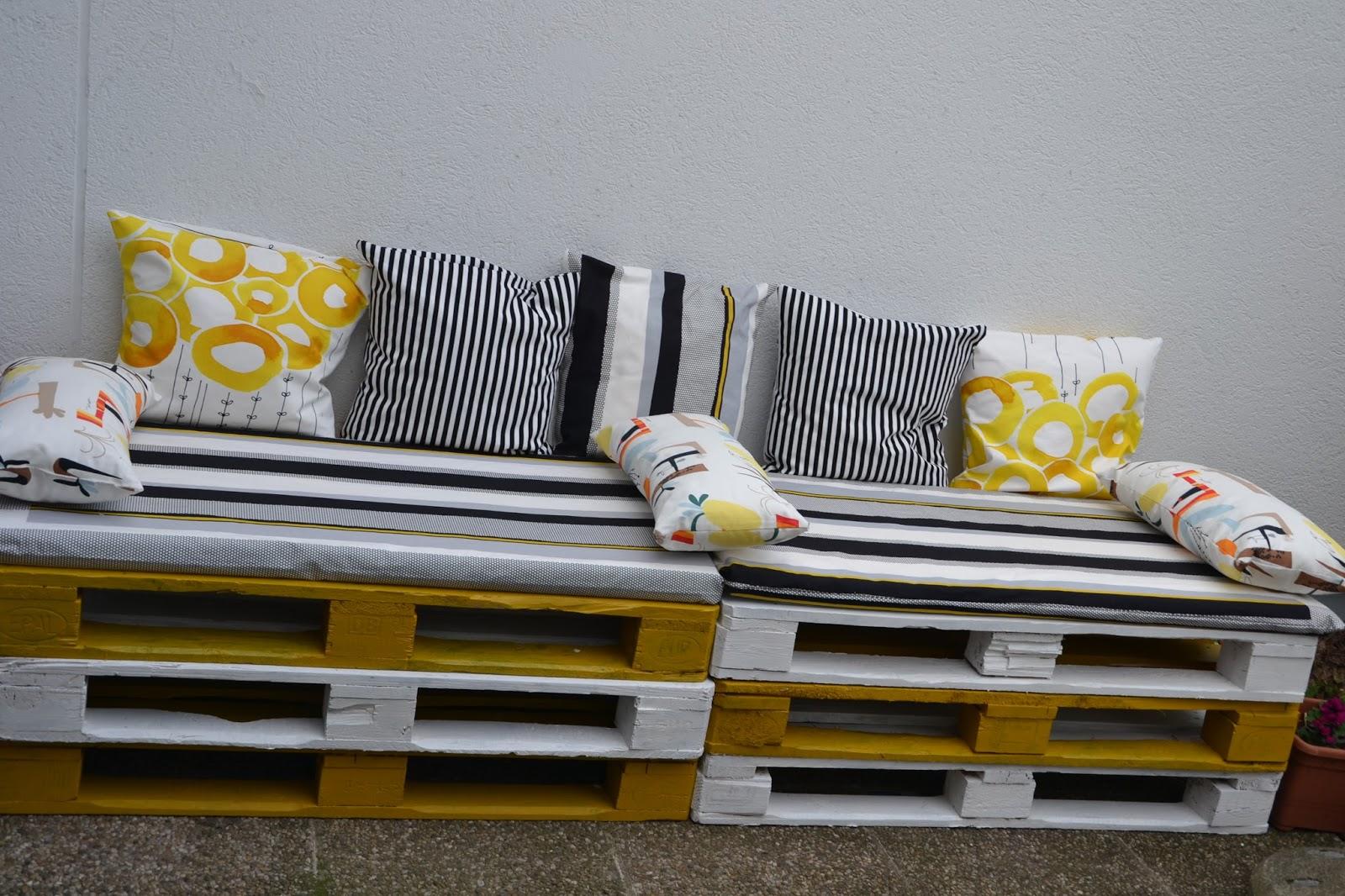 cherry 39 s world paletten wohlf hl lounge. Black Bedroom Furniture Sets. Home Design Ideas