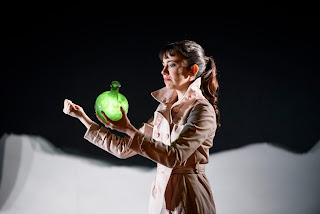 The Devil Inside - Rachel Kelly - photo Bill Cooper