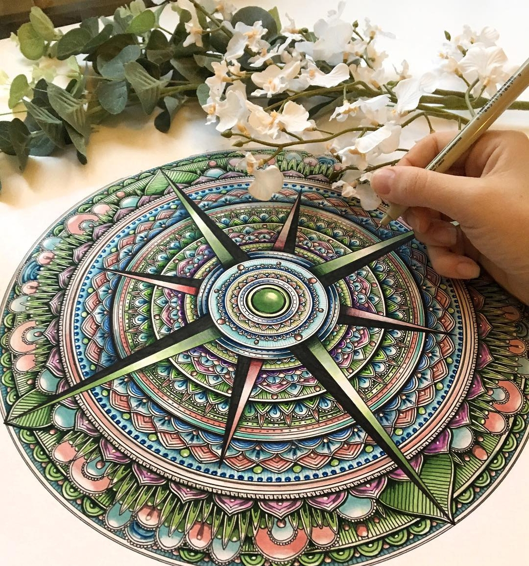 02-Mandala-Faye-Halliday-Animal-Drawings-and-Mandalas-www-designstack-co