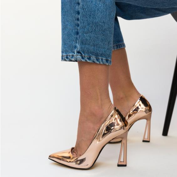 Pantofi Aurii eleganti lacuiti cu toc inalt moderni ieftini