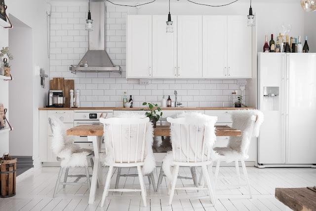 Accente rustice într-un decor scandinav al unui apartament de 65 m²