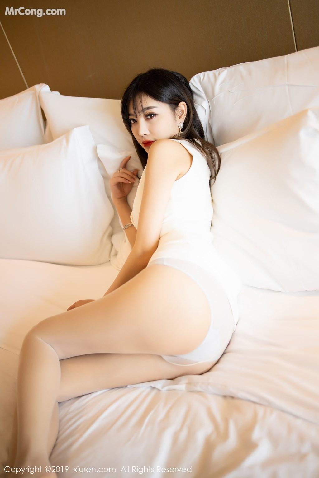 XIUREN No.1695: Yang Chen Chen (杨晨晨sugar) (92P)