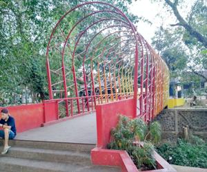 jembatan-taman-regol-kota-bandung-notes-asher