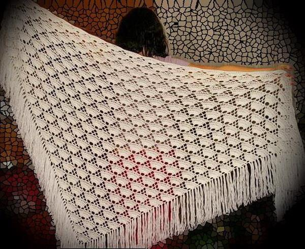 easy crochet shawl - shell
