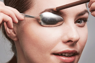 Tidy Up the Eyebrow Shape