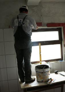 Bekir putting the detail around the windows