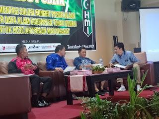 HMI Tanah Bumbu Gelar Dialog Publik, Bupati Tanah Bumbu : Partisipasi Pemuda Sangat Dibutuhkan Dalam Pembangunan