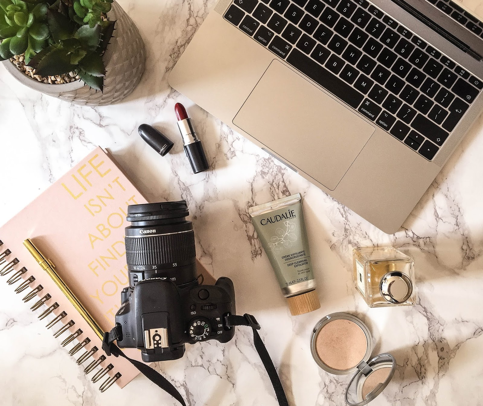 Unpaid Collaborations Between Bloggers And Brands
