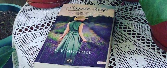cennetin rengi E. V. Mitchell,