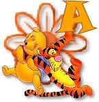 Abecedario de Winnie the Pooh Jugando con Tiger.