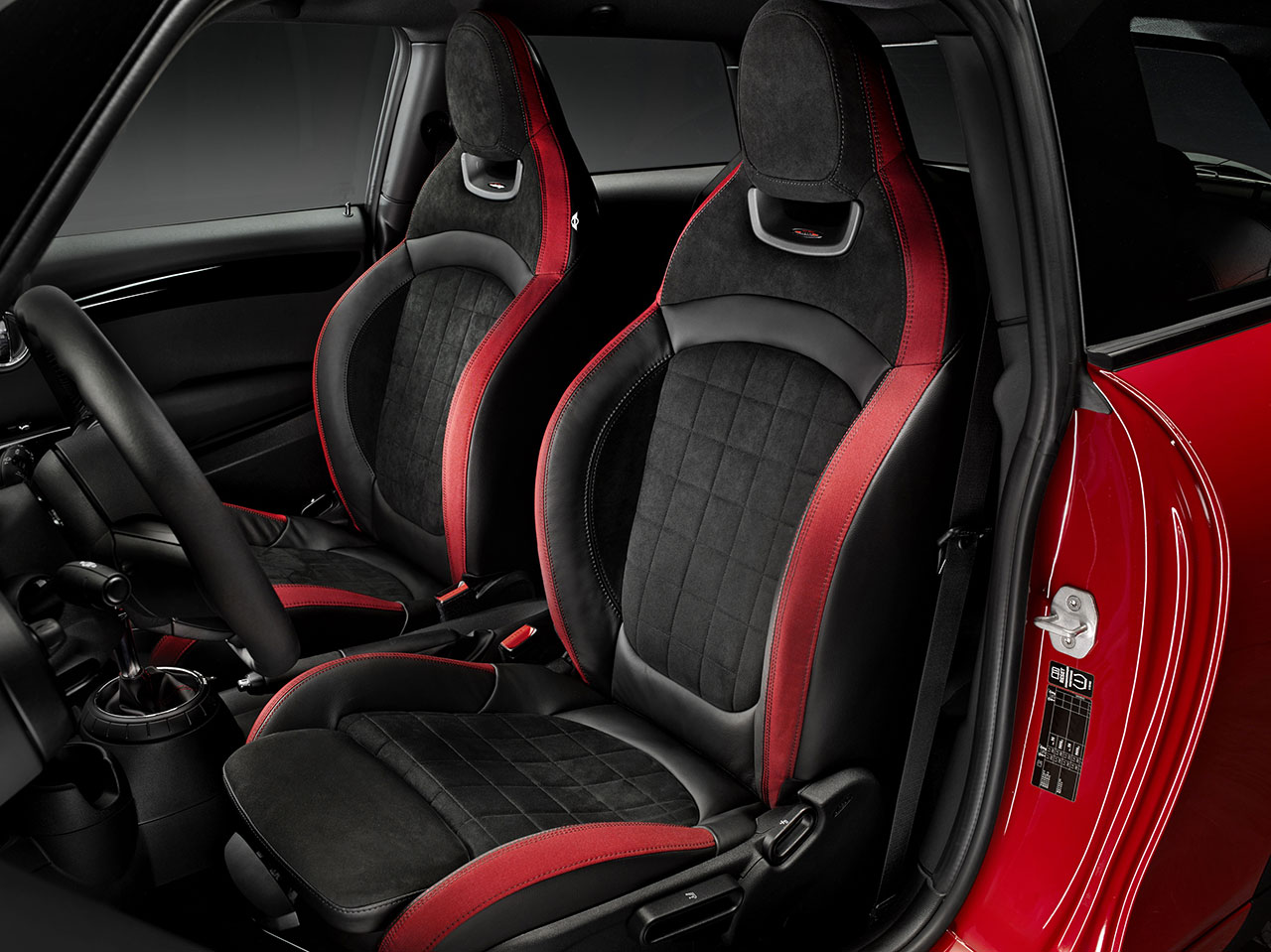 Mini John Cooper Works Hatch interior