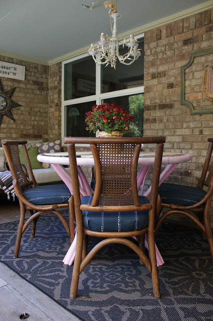 how to recover upholstered chair cushions. #reupholstery