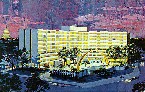 Lapidus Designed The Famed Eden Roc Hotel In Miami Beach 1956 And Lincoln Road Mall Four Years Later Today A Hot Spot Trendy South