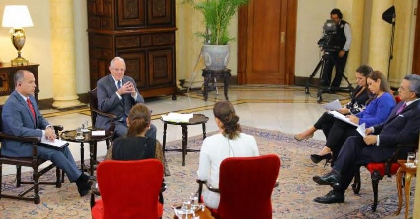 Presidente Kuczynski ofrece entrevista a periodistas en medio de escándalo de corrupción [VIDEO]