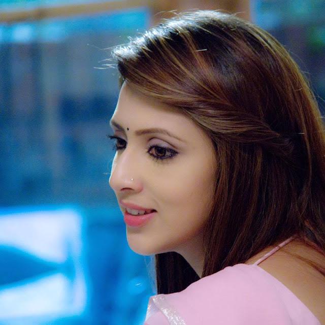 Bidya Sinha Saha BD Actress New Hot Selfie