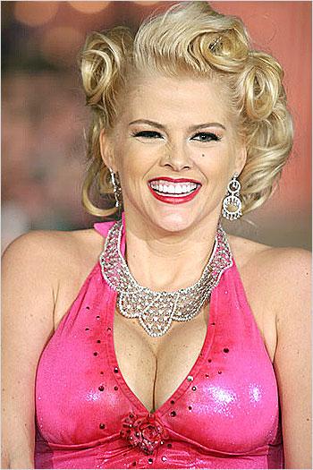 Trends Center In The World Anna Nicole Smith Beautiful
