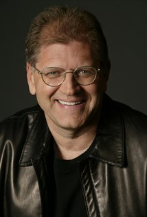 Robert Zemeckis. Director of I Wanna Hold Your Hand