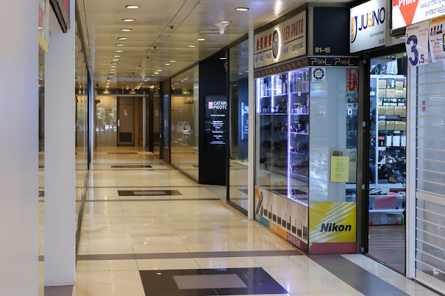 Peninsula Shopping Centre camera shopping trip singapore