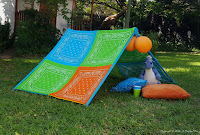 http://acraftymix.com/blog/2016/03/02/kids-play-tent/