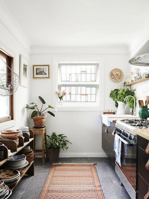 Fantastic Kitchens For Small Spaces